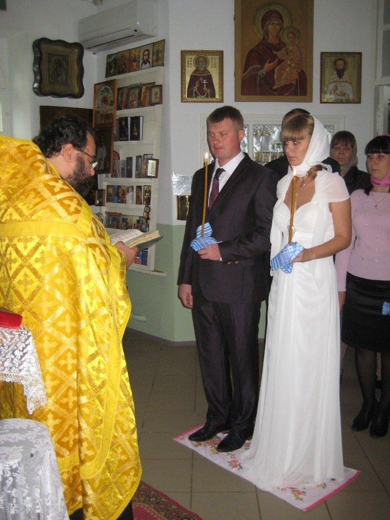 Таинство Венчания в день празднования памяти покровителей семейного очага Святых благоверных князя Петра и княгини...